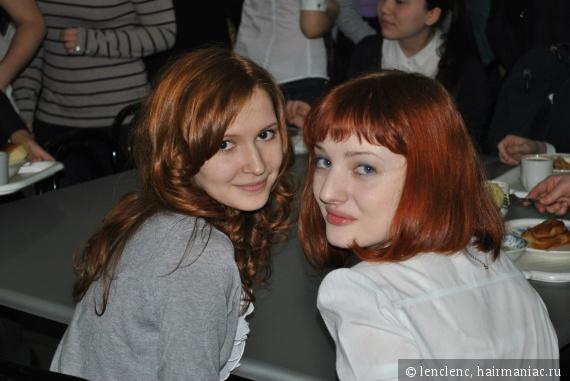 еще одна фотография с моей рыжеволосой однокласницей ( у нее рыжий родной цвет)