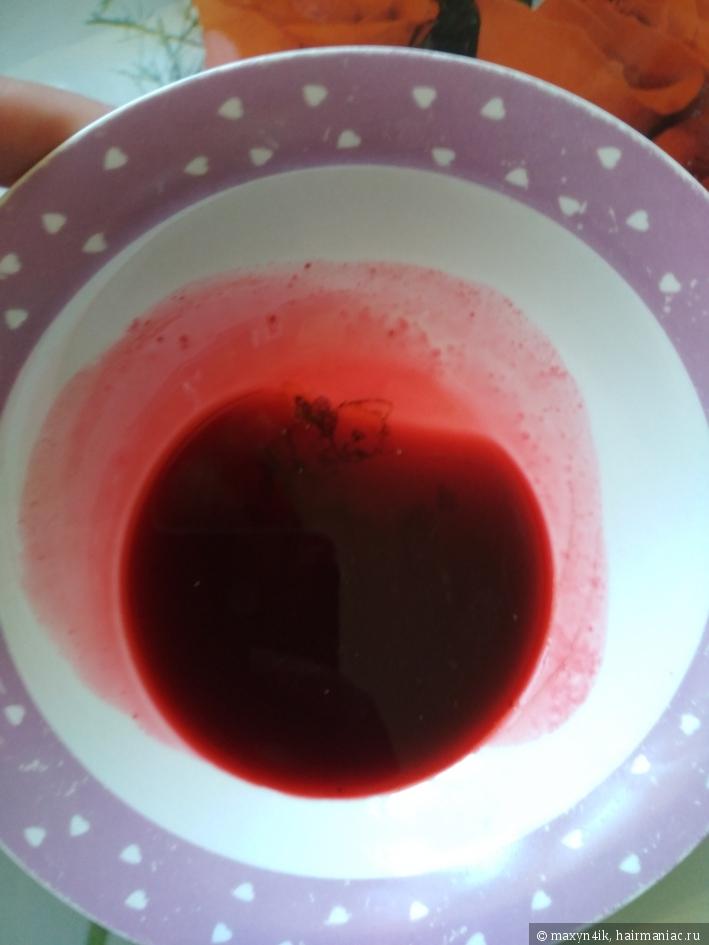 Рубиново-красный сок жимолости